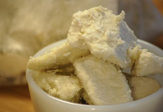 Make Your Own Chamomile and Vitamin E Shea Butter!